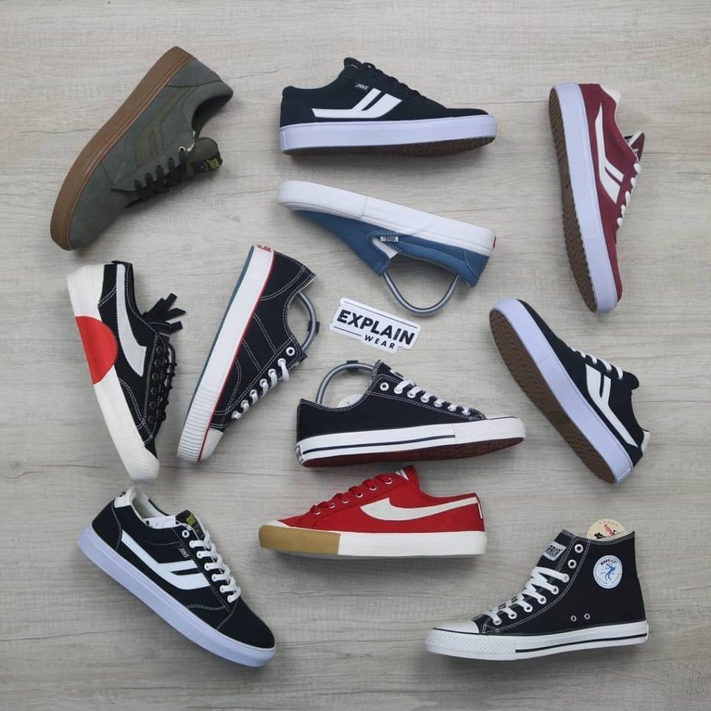 Sepatu compass banyak dicari